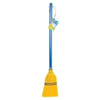 kids corn broom, childrens broom, kid size corn broom, toysmith broom, little broom, small broom