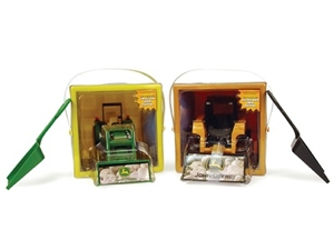 John Deere Deluxe Bucket Set of 2