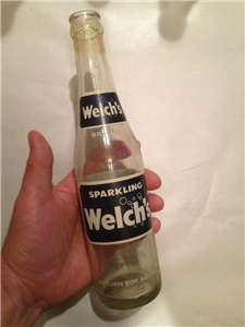 Vintage Welchs Sparkling Soda Bottle 1979 ACL Return For Deposit