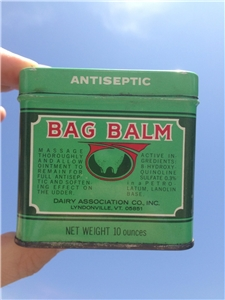 Bag Balm 10 oz Vintage tin can  Vermont's original Antiseptic Veterinary Use