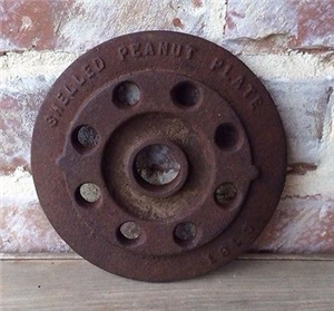 Old Cast Iron Metal Shelled Peanut Plate Wheel - Antique Farm Industrial Decor